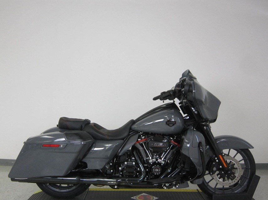 new 2018 harley davidson street glide cvo flhxse cvo touring in riverside 18flhxsegray. Black Bedroom Furniture Sets. Home Design Ideas