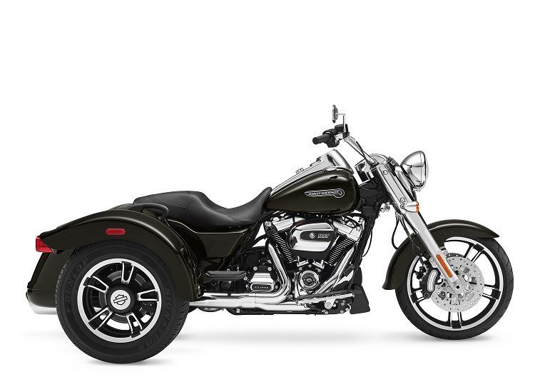 2017 Harley Davidson Road Glide Special First Ride besides More 75th Sturgis Motorcycle Rally Photos further 665107 additionally Harley Announces 2017 Lineup additionally First Impressions Harleys Big New Milwaukeeeightengined 2017 Motorcycles Tested. on milwaukee 2017 eight new harley engine