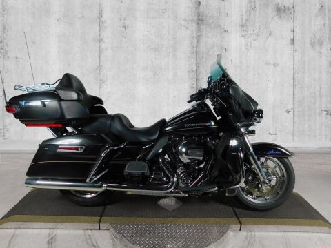 Pre-Owned 2016 Harley-Davidson Ultra Limited FLHTK