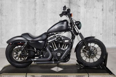 Pre-Owned 2015 Harley-Davidson Sportster Iron 883 XL883N