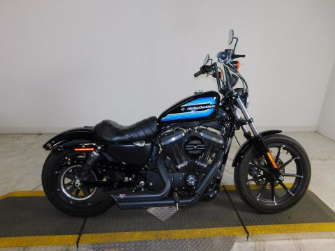 Pre-Owned 2017 Harley-Davidson Sportster Iron 883 XL883N