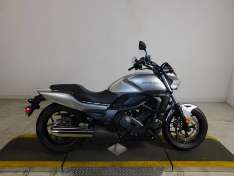 Pre-Owned 2015 Honda CTX 700 NO